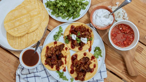 Pork Carnitas in Slow Cooker with Barbecue Sauce Head Country