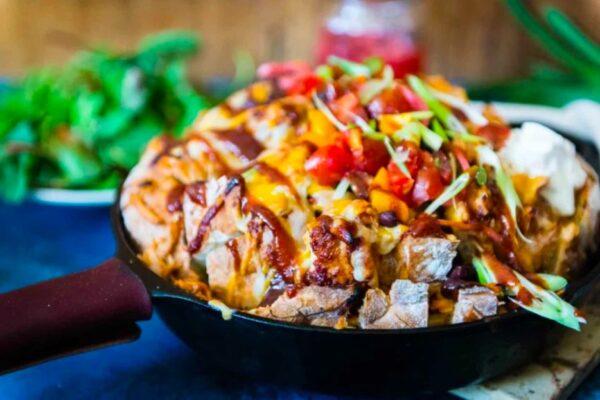 Tailgating Pull Apart BBQ Chicken Bread | tailgate food, football party food, tailgate party, tailgate recipes, tailgate food ideas